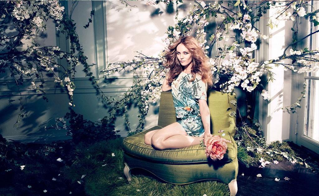 Tropical-paradise-print-Printed-Dress-top-text-web-B