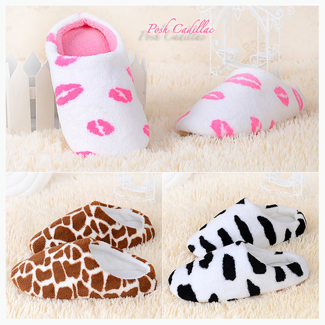 Ladies-White-Slippers-Kisses-Pink-Lips-Slip-ons-Posh-Cadillac-txt-measuring-feet-measurement-3-designs-txt-below-web