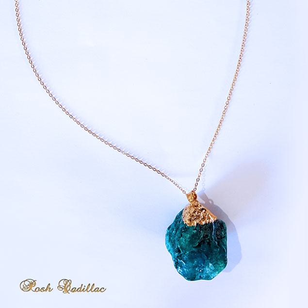 New-stone-gold-and-aqua-necklace-close-up-web-S