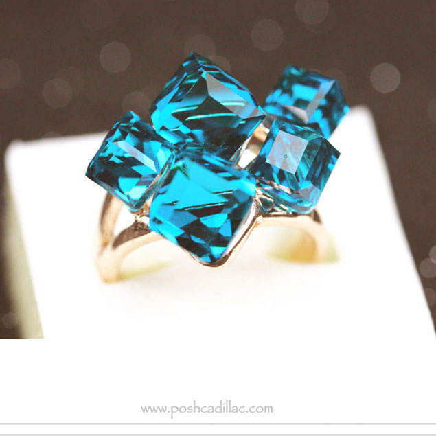 aqua-cubic-crystal-and-gold-tone-ring-side2-web-s